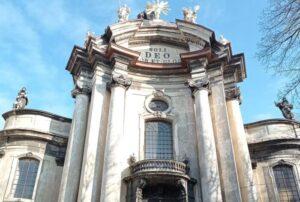 10 фактів про Домініканський костел